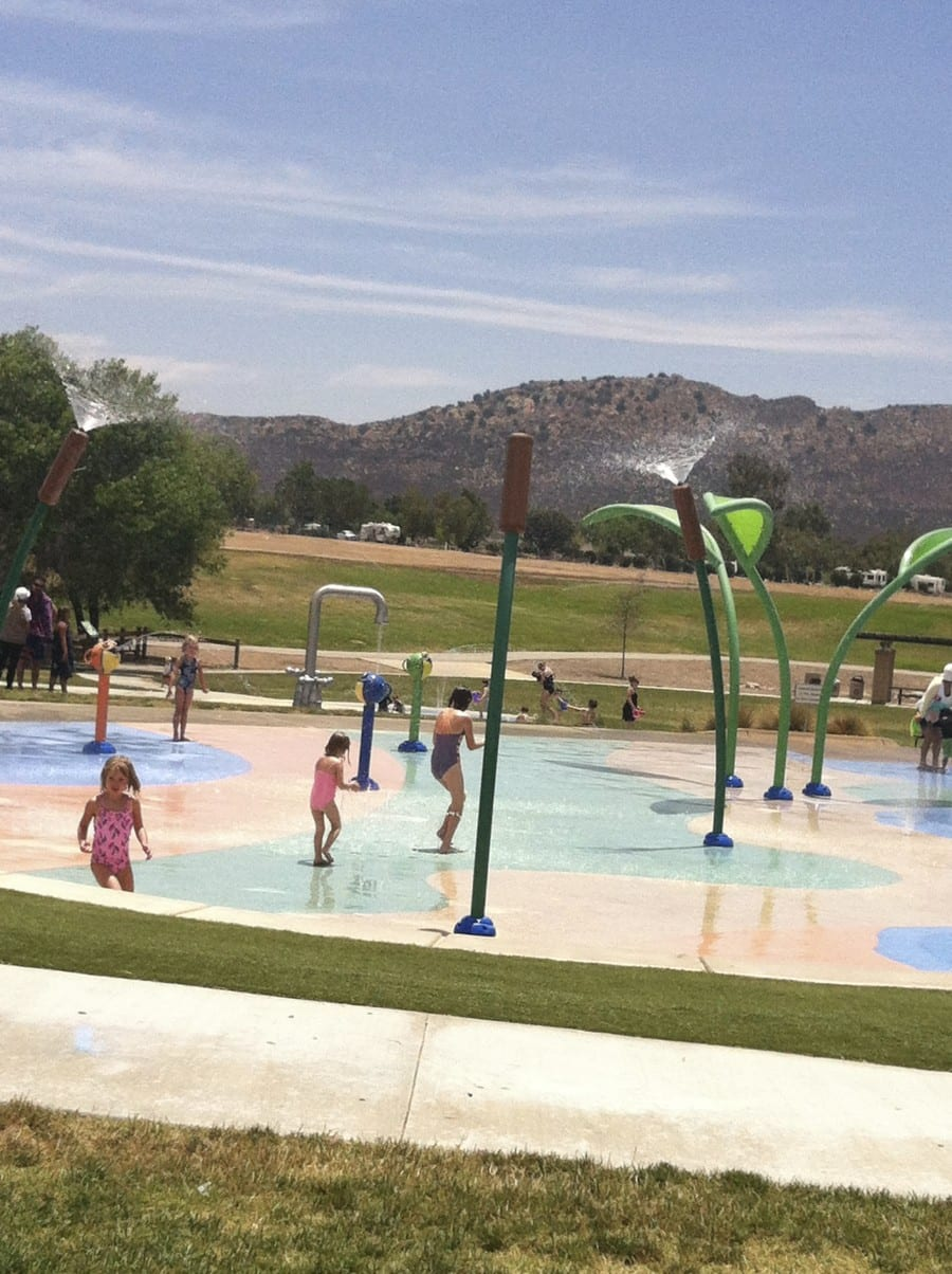 lake skinner splash pad