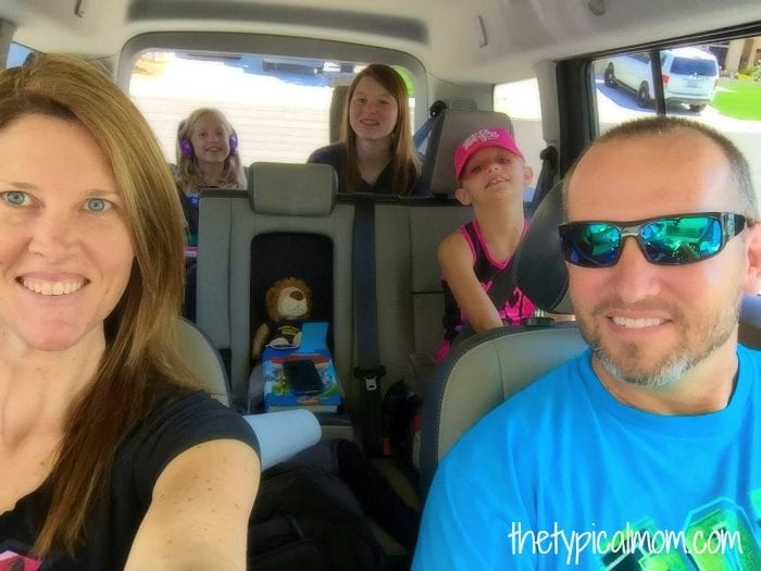Tips on road tripping with your family and activities to keep them busy!!