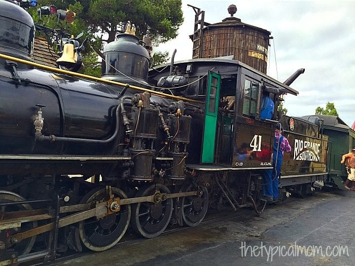 Knott's Berry Farm trains