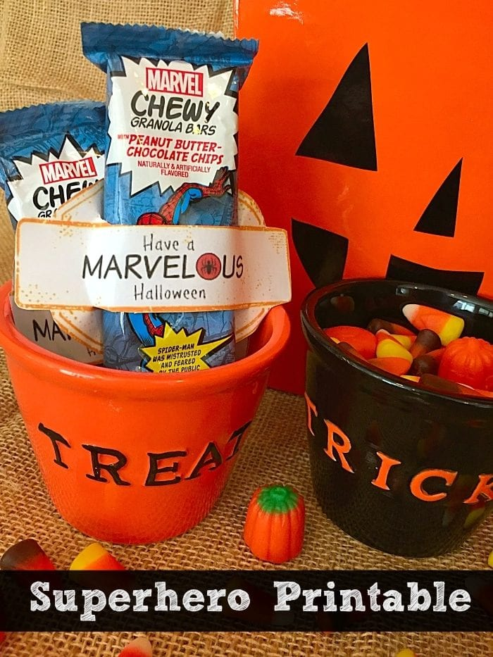 Marvel Superhero printable for Halloween treats. Slide a granola bar into this free printable with your favorite Marvel character's symbols on it.