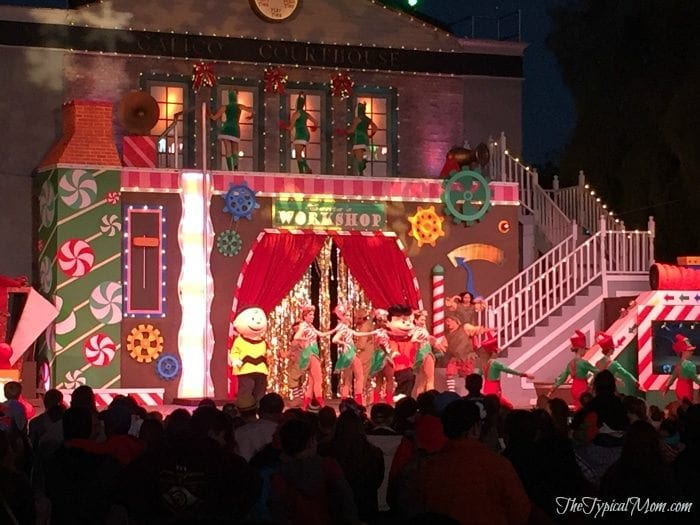 Knott's Berry Farm New Year's Eve · The Typical Mom