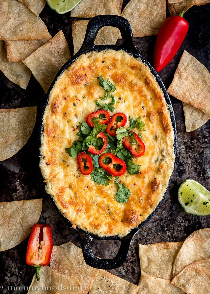 Hot corn and green chile dip