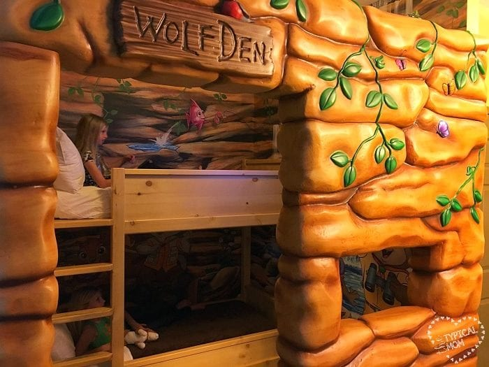 Great Wolf Lodge wolf den
