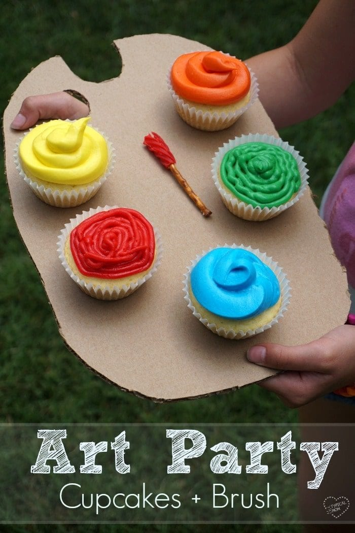 An Art Themed Birthday Party Is Perfect For Boys And Girls Inexpensive To Put Together Here Are A Few Fun Ideas Including Palette Cupcakes