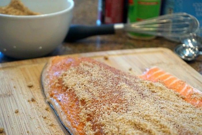 how to smoke salmon at home