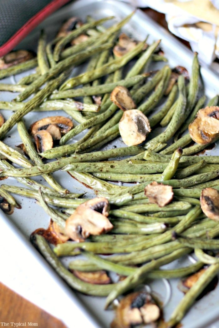 Thanksgiving sides the typical mom for Easy thanksgiving green bean recipes
