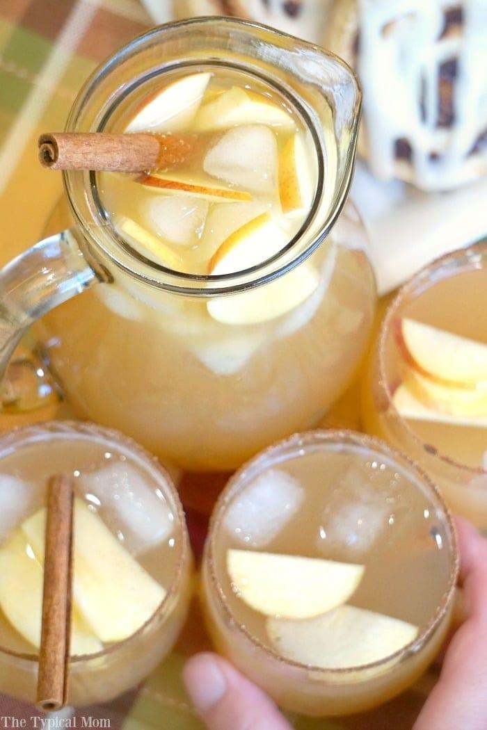 chilled-sparkling-apple-cider