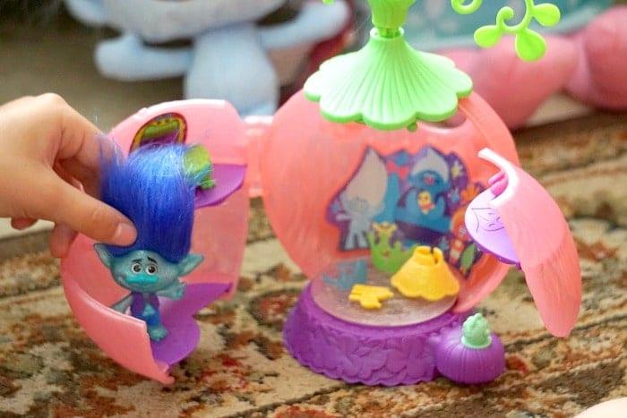 trolls toys