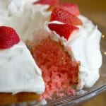 2 ingredient strawberry cake