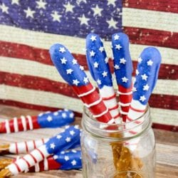 fourth of july patriotic pretzels