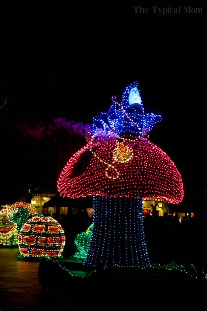 disneyland electrical parade 4