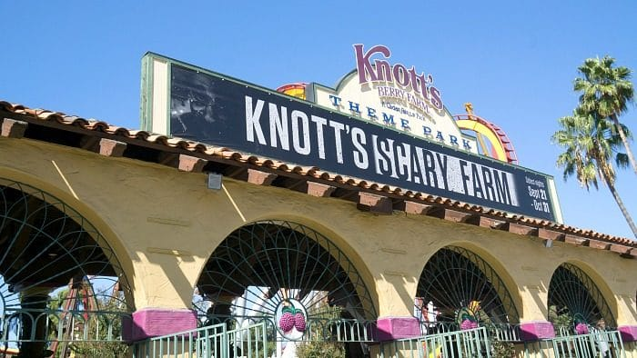 Knott's Berry Farm Spooky Farm 2