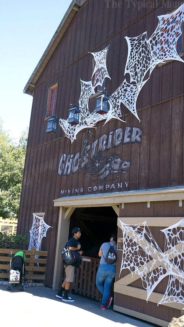 Knott's Berry Farm Spooky Farm 5