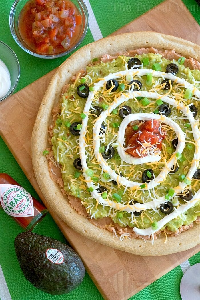 7 layer dip pizza 2
