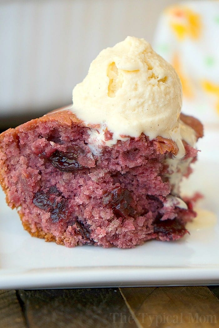 Cherry Pie filling dump Cake