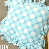 how to make a knot pillow 2