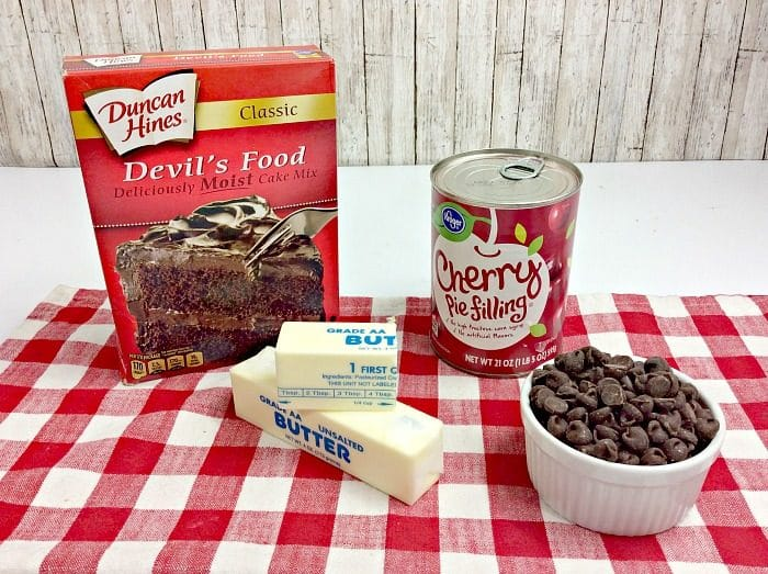 easy chocolate dump cake