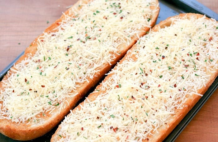 Spicy Cheese Bread 2