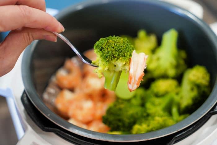 instant pot broccoli and shrimp
