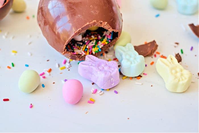 hollow chocolate eggs